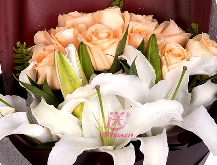 渲染时光—快送鲜花网 情人节鲜花速递 朋友异地订花 同城快递鲜花 网上订鲜花 节日鲜花